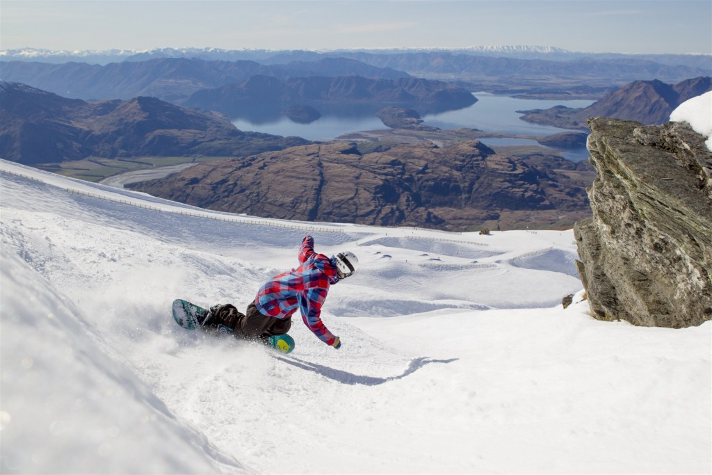 Treble Cone ski and snowboard guide and ski tours with Southern Guides Wanaka New Zealand